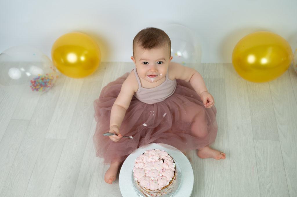 bébé de un an gateau ballons photographe bébé houilles yvelines la Défense
